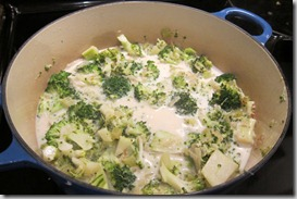 cream-of-broccoli-soup---le-creuset