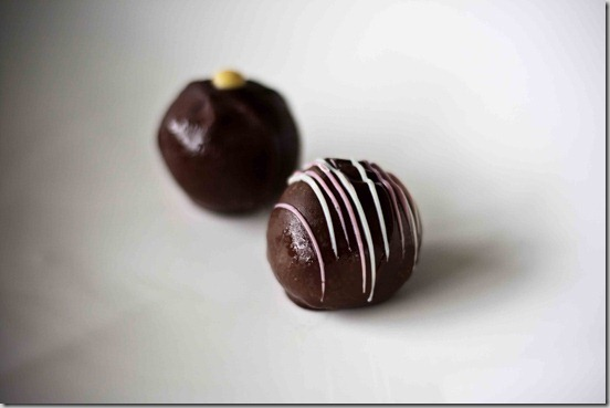 The-Confectional-Cheesecake-Truffles[2]