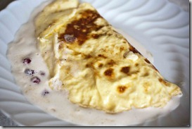 Omelette-with-berries-and-cream