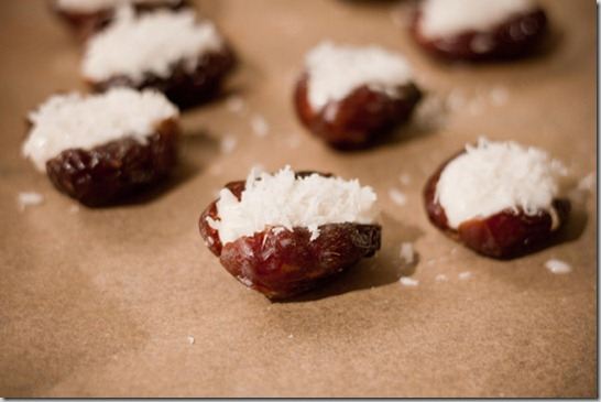 Coconut-Stuffed-Dates-Raw