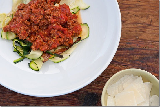Pasta-Sauce-with-Zucchini-Noodles