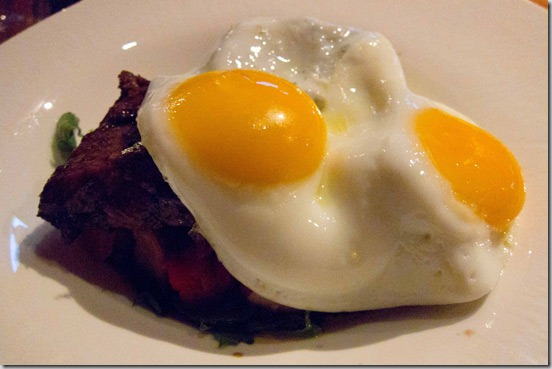 Yew-Steak-&-Eggs